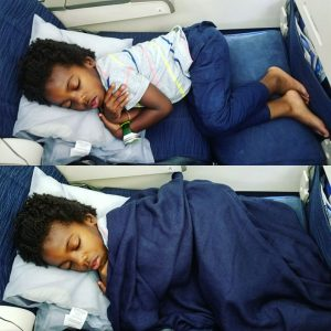How To Keep Your Kids Entertained On Flights The Mom Trotter