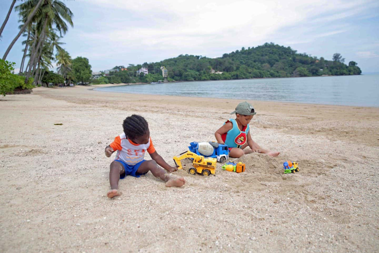 phuket thailand with kids