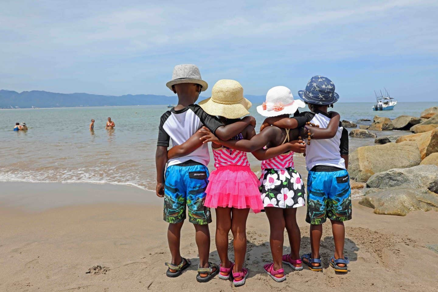 A Solo Parent's Guide To International Travel With Kids 1