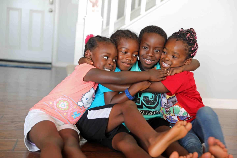 7 Simple Strategies to Raise Happy Kids