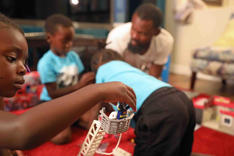 ways to encourage creativity in kids through toys