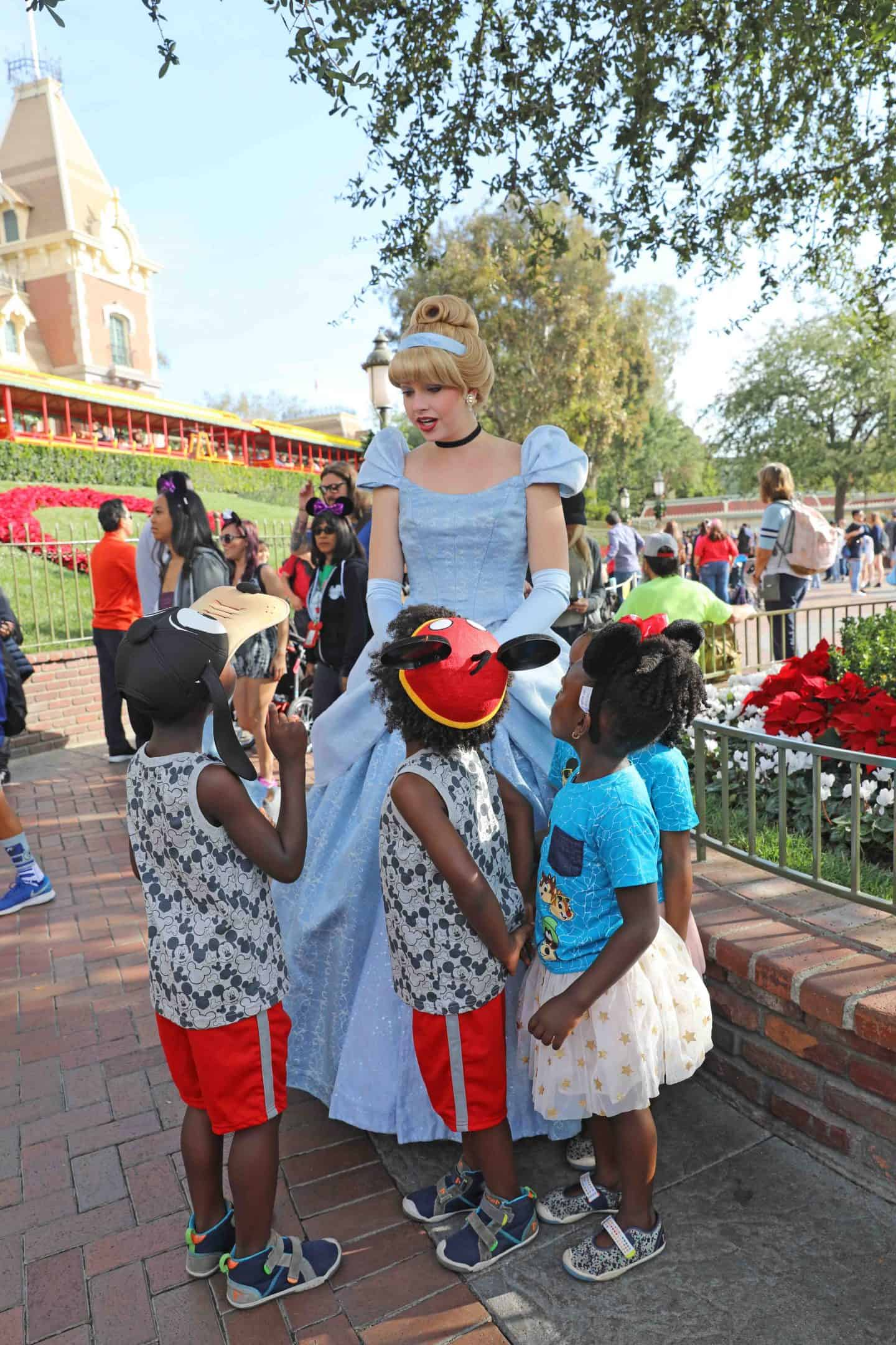 travel with kids to disneyland
