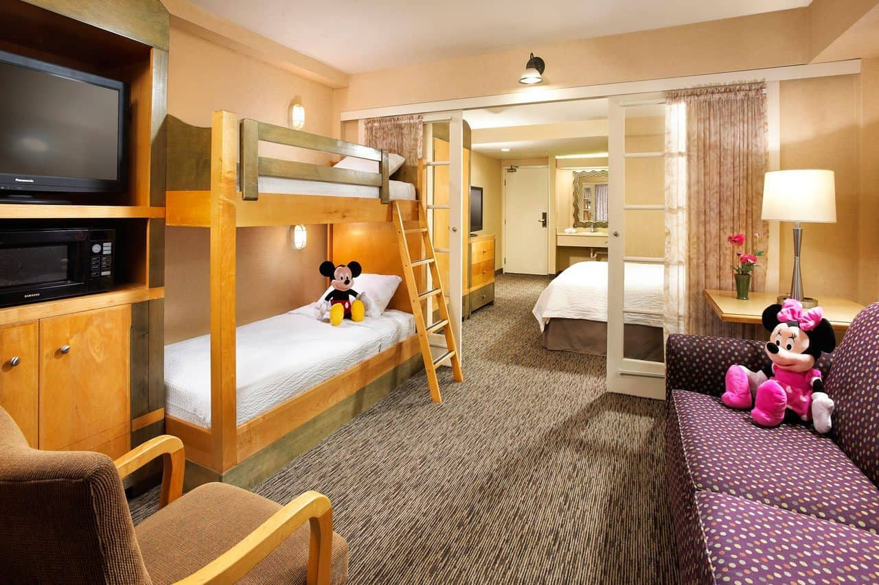 your complete guide to booking family friendly disneyland. Black Bedroom Furniture Sets. Home Design Ideas