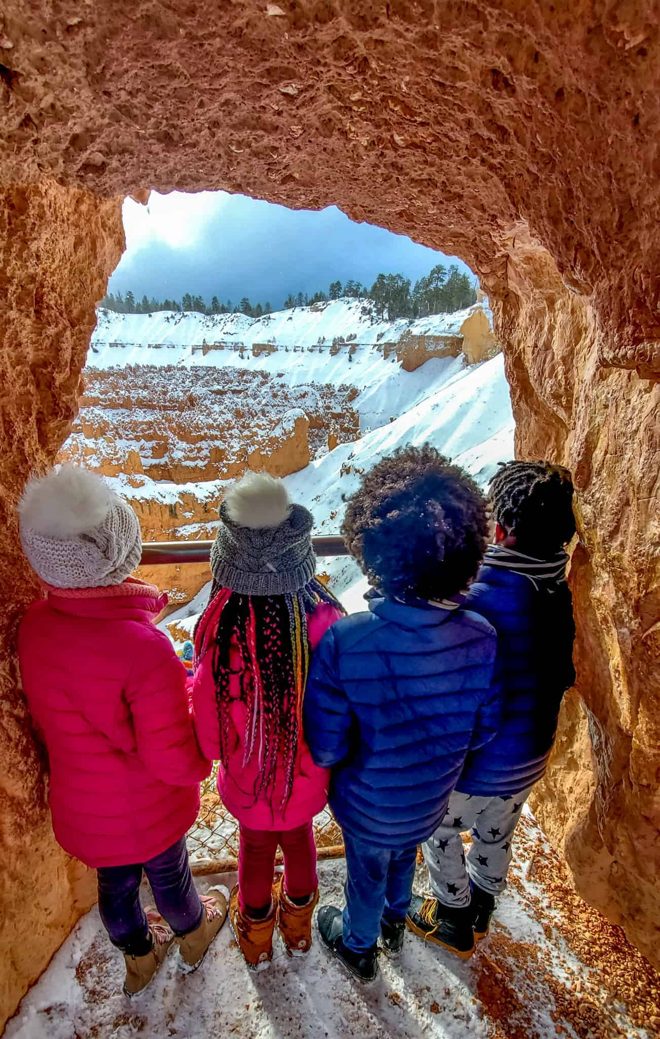 Children looking out towards the view at Bryce Canyon National Park.